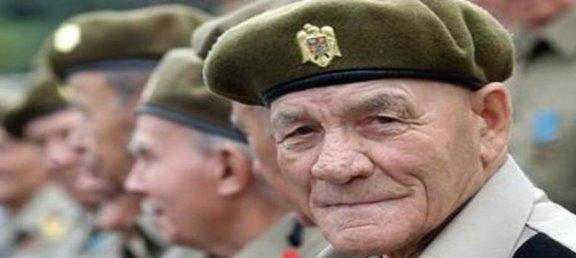 Legea nr. 284/2010 și ajutoarele pentru militarii pensionari
